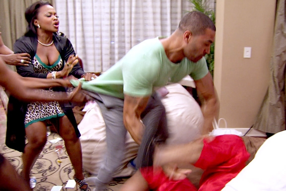 RHOA S6 Ep13 Apollo Fight